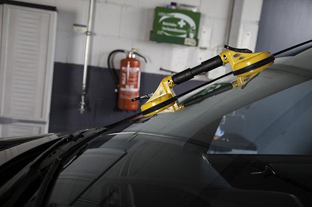 reparación de la luna del coche
